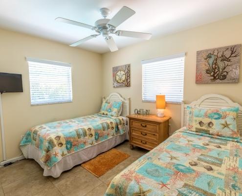 Blue Turtle Cottage Twin Bedroom